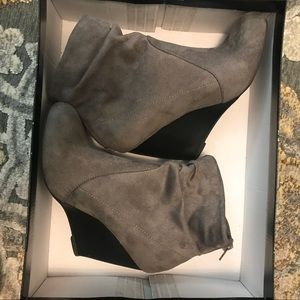 Shoes - Grey & Black Booties